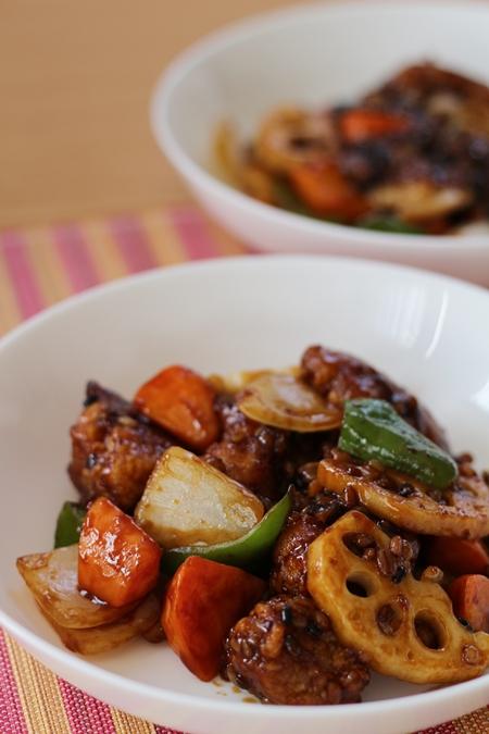ローソンフレッシュ10分手料理キット鶏竜田と野菜の雑穀黒酢あんかけキット