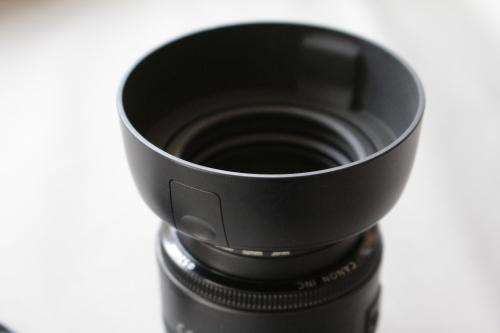 レンズフードES-62の取り付け方