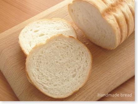 トヨ型の食パン